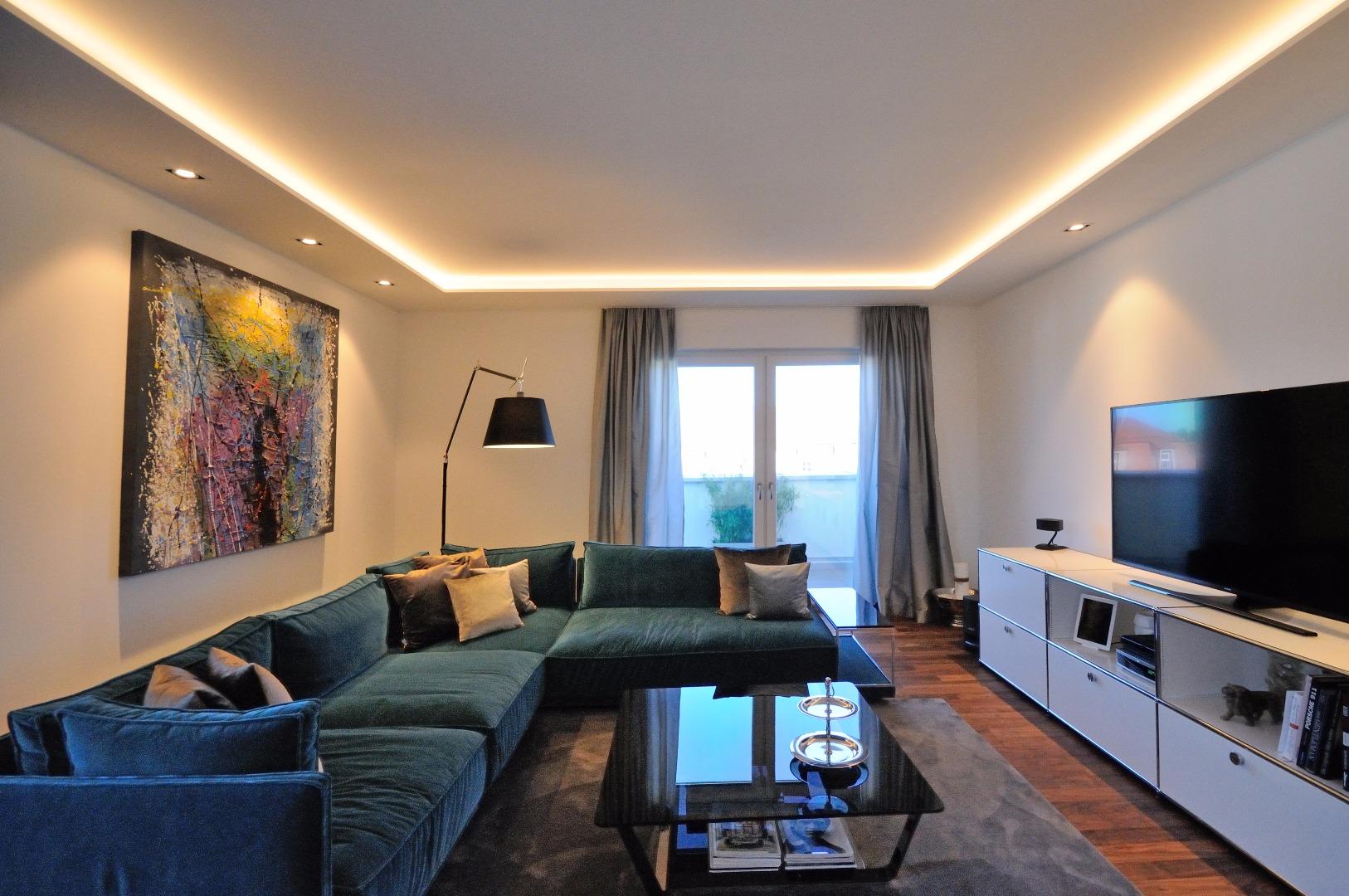 wohnzimmer dresden stunning zwei zwei bder ein riesen wohnzimmer mit esstisch und kuschliger. Black Bedroom Furniture Sets. Home Design Ideas